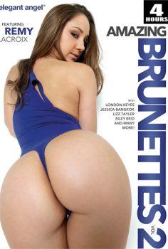 Amazing Brunettes 2 full erotik film izle – Riley Reid FİLMİ